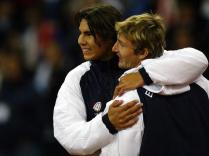 C'est également cette année-là qu'il effectue ses débuts en Coupe Davis. En finale, face aux États-Unis, il remporte son match contre Andy Roddick le premier jour. L'Espagne s'impose 3-2. C'est le premier très grand titre de la carrière de l'enfant de Manacor, ici avec Juan Carlos Ferrero.