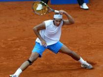 2004. Premier titre sur le circuit, en août. A 18 ans, le Majorquin s'impose en Pologne, lors du tournoi de Sopot, où il bat en finale l'Argentin José Acasuso. Le premier de ses 57 titres à ce jour.