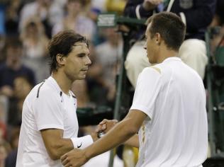 Wimbledon, 2e tour. Enorme coup de théâtre avec la disparition de Rafa dès le deuxième tour, en cinq sets, face à Lukas Rosol. Son élimination la plus précoce en Grand Chelem depuis Wimbledon 2005. Blessé au genou, Nadal ne rejouera plus pendant sept mois.