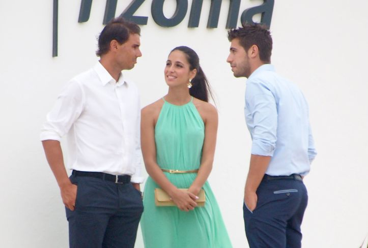 Rafael Nadal and his girlfriend Maria Francisca Perello at Friends' Wedding (13)