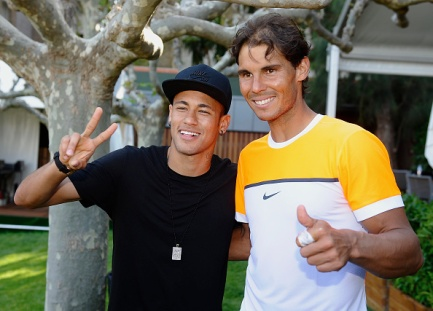 BARCELONA, SPAIN - APRIL 22: Rafael Nadal (R) of Spain and Neymar of FC Barcelona pose for a photo during day three of the Barcelona Open Banc Sabadell at the Real Club de Tenis Barcelona on April 22, 2015 in Barcelona, Spain. (Photo by fotopress/Getty Images)