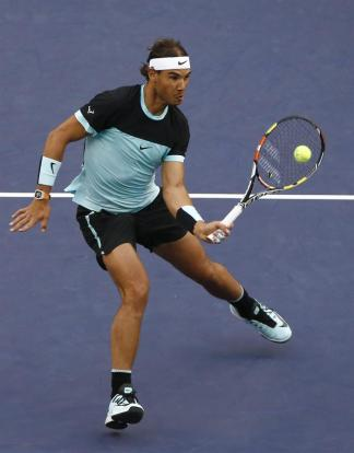 Rafael Nadal in action against Jo-Wilfried Tsonga in Shanghai Masters (4)