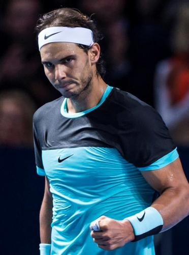 Spain's Rafael Nadal in action against France's Richard Gasquet during their semi final match at the Swiss Indoors tennis tournament at the St. Jakobshalle in Basel, Switzerland, 31 October 2015. (Tenis, Suiza, Basilea) EFE/EPA/DOMINIC STEINMANN