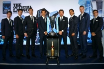 LONDON, ENGLAND - NOVEMBER 12: (L- R) Kei Nishikori of Japan, Novak Djokovic of Serbia, Andy Murray of Great Britain, Roger Federer of Switzerland, Stan Wawrinka of Switzerland, Rafael Nadal of Spain, Tomas Berdych of Czech Republic and David Ferrer of Spain pose for a group photo during the Barclays ATP World Tour Finals Draw at City Hall on November 12, 2015 in London, England. (Photo by Julian Finney/Getty Images)