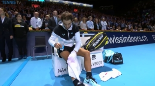 Rafael Nadal loses to Roger Federer in Basel final (2)