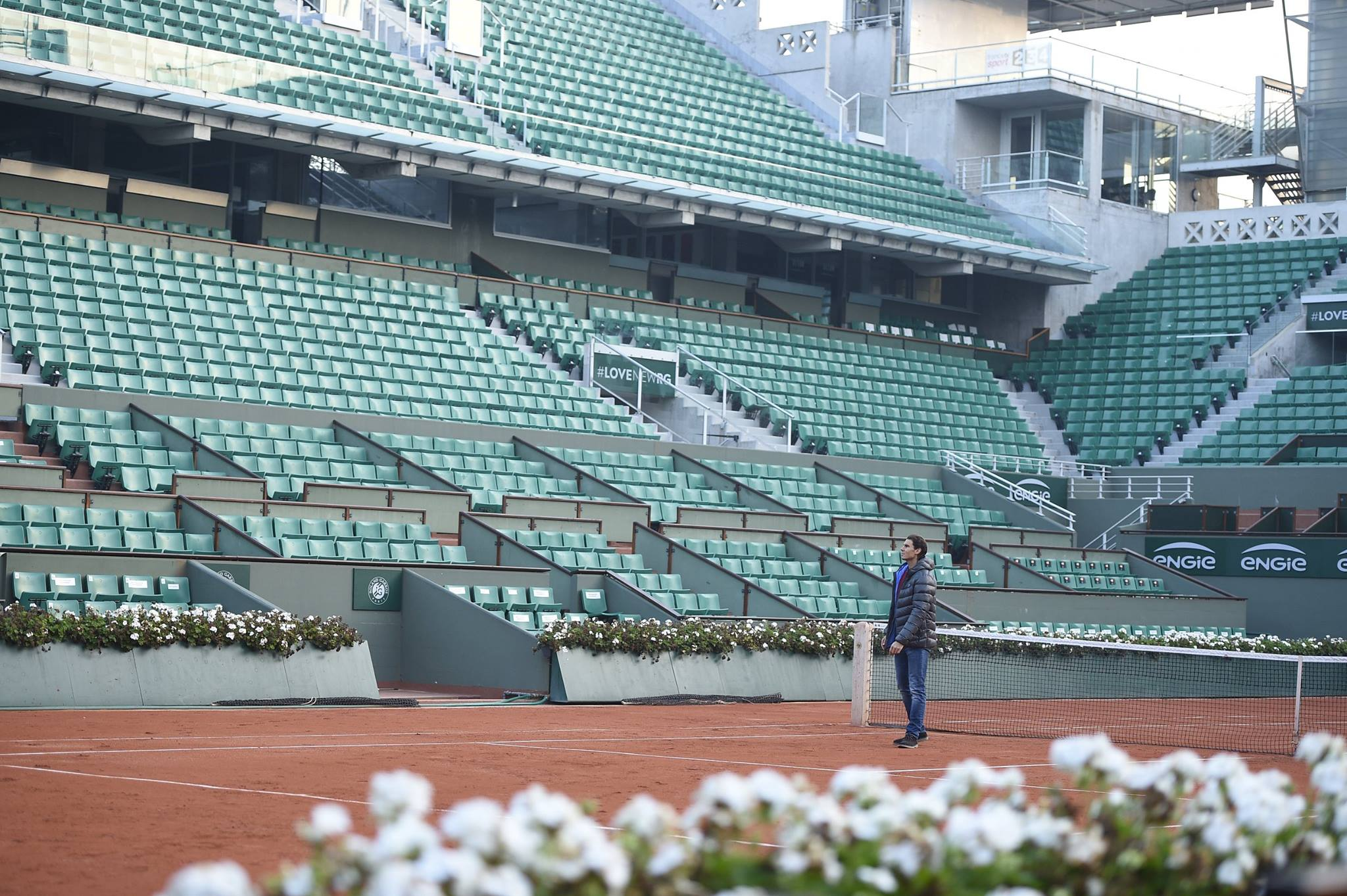 rafael nadal visits roland garros in paris november 2015. Black Bedroom Furniture Sets. Home Design Ideas