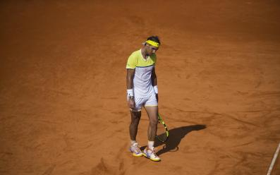 Rafael Nadal of Spain gestures during a tennis match against Dominic Thiem of Austria at the ATP Argentina Open in Buenos Aires, Argentina, Saturday, Feb. 13, 2016. Thiem defeated Nadal 6-4, 4-6, 7-6.(AP Photo/Ivan Fernandez)