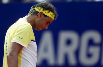 Spain's Rafael Nadal looks down after missing a shot during his semi-final tennis match against Austria's Dominic Thiem at the ATP Argentina Open in Buenos Aires, February 13, 2016. REUTERS/Marcos Brindicci
