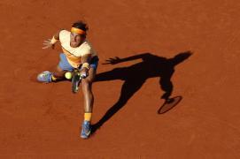 Spain's Rafael Nadal returns a ball to Japan's Kei Nishikori during the Barcelona Open tennis tournament final in Barcelona, Spain, Sunday, April 24, 2016. (AP Photo/Manu Fernandez)