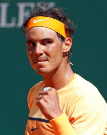 Tennis - Monte Carlo Masters - Monaco, 14/04/2016. Rafael Nadal of Spain reacts during his match against Dominic Thiem of Austria. REUTERS/Eric Gaillard