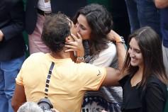 Rafael Nadal kisses girldfriend Maria Francisca Perello after winning Monte Carlo Masters 2016 (2)
