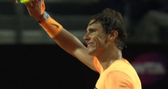 Rafael Nadal beats Philipp Kohlschreiber to reach Italian Open third round 2016