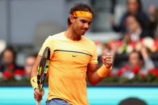 MADRID, SPAIN - MAY 07: Rafael Nadal of Spain celebrates a point against Andy Murray of Great Britain in the semi finals during day eight of the Mutua Madrid Open tennis tournament at the Caja Magica on May 07, 2016 in Madrid, Spain. (Photo by Julian Finney/Getty Images)