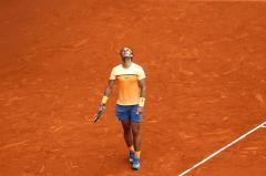 El tenista español Rafa Nadal durante el partido de semifinales contra el británico Andy Murray del torneo de tenis de Madrid que se disputa en la Caja Mágica. EFE/Chema Moya