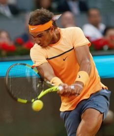 El español Rafa Nadal,durante su partido frente al estadounidense San Querrey, correspondiente a la tercera ronda del torneo de tenis de Madrid que se disputa en la Caja Mágica. EFE/JuanJo Martín