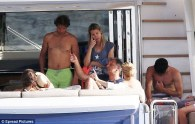 Rafael Nadal continues recovery from wrist injury on holiday with girlfriend Maria Francisca Perello (15)