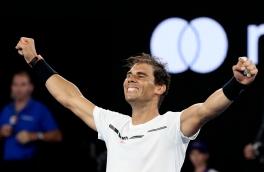 Spain's Rafael Nadal celebrates after defeating Bulgaria's Grigor Dimitrov during their semifinal at the Australian Open tennis championships in Melbourne, Australia, early Saturday, Jan. 28, 2017. (AP Photo/Aaron Favila)
