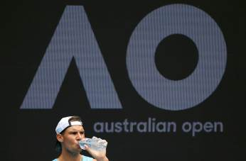 Spain's Rafael Nadal takes a drink during a training session ahead of the Australian Open tennis tournament in Melbourne, Australia, January 15, 2017. REUTERS/Issei Kato TPX IMAGES OF THE DAY