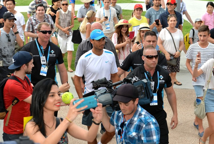 Fans gather around Rafael Nadal of Spain as he arrives on day two of the 2017 Brisbane International at Pat Rafter Arena on January 2, 2017 in Brisbane, Australia. (Jan. 1, 2017 - Source: Bradley Kanaris/Getty Images AsiaPac)