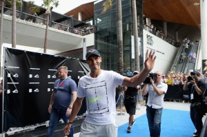 Rafael Nadal of Spain walks the blue carpet ahead of the Fast4International Exhibition this evening at the ICC Sydney Theatre on January 9, 2017 in Sydney, Australia. (Jan. 8, 2017 - Source: Jason McCawley/Getty Images AsiaPac)
