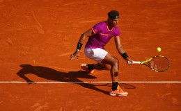 Rafael Nadal of Spain plays a forehand volley against David Goffin of Belgium in their semi final round match on day seven of the Monte Carlo Rolex Masters at Monte-Carlo Sporting Club on April 22, 2017 in Monte-Carlo, Monaco. (April 21, 2017 - Source: Clive Brunskill/Getty Images Europe)