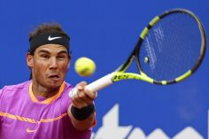 Rafael Nadal of Spain returns the ball to Kevin Anderson of South Africa during the Barcelona Open Tennis Tournament in Barcelona, Spain, Thursday, April 27, 2017. (AP Photo/Manu Fernandez)