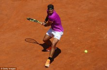 Rafael Nadal advances in Rome as Nicolas Almagro quits (4)