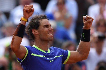 Spain's Rafael Nadal reacts winning against Switzerland's Stanislas Wawrinka during the men's final tennis match at the Roland Garros 2017 French Open on June 11, 2017 in Paris. / AFP PHOTO / FRANCOIS XAVIER MARIT (June 10, 2017 - Source: AFP)