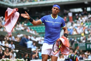 Rafael Nadal drops one game in crushing French Open win over Nicolaz Basilashvili (1)