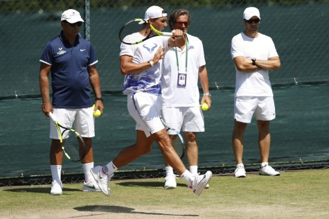 Spain's Rafael Nadal attends a training session at The All England Lawn Tennis Club in Wimbledon, southwest London, on July 5, 2017 on the third day of the 2017 Wimbledon Championships. / AFP PHOTO / Adrian DENNIS / RESTRICTED TO EDITORIAL USE (July 4, 2017 - Source: AFP)