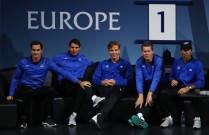 Roger Federer, Rafael Nadal, Tomas Berdych, Thomas Enqvist and Fernando Verdasco of Team Europe looks on as Dominic Thiem of Team Europe plays his singles match against John Isner of Team World on the first day of the Laver Cup on September 22, 2017 in Prague, Czech Republic. The Laver Cup consists of six European players competing against their counterparts from the rest of the World. Europe will be captained by Bjorn Borg and John McEnroe will captain the Rest of the World team. The event runs from 22-24 September. (Sept. 21, 2017 - Source: Clive Brunskill/Getty Images Europe)