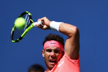 Spain's Rafael Nadal returns the ball to Ukraine's Alexandr Dolgopolov during their 2017 US Open Men's Singles Round 4 match at the USTA Billie Jean King National Tennis Center in New York on September 4, 2017 / AFP PHOTO / Jewel SAMAD