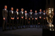 (L-R) Thomas Enqvist, Rafael Nadal, Roger Federer, Alexander Zverev, Bjorn Borg, Marin Cilic, Dominic Thiem, Tomas Berdych and Fernando Verdasco of Team Europe line up on stage at the Laver Cup Gala dinner ahead of the Laver Cup on September 21, 2017 in Prague, Czech Republic. The Laver Cup consists of six European players competing against their counterparts from the rest of the World. Europe will be captained by Bjorn Borg and John McEnroe will captain the Rest of the World team. The event runs from 22-24 September. (Sept. 20, 2017 - Source: Clive Brunskill/Getty Images Europe)