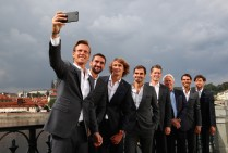 Thomas Berdych, Marin Cilic, Alexander Zverev, Rodger Ferderer, Thomas Enqvist, Bjorn Bjorg, Rafael Nadal and Dominic Thiem of Team Europe pose for a selfie during a photoshoot ahead of the Laver Cup on September 20, 2017 in Prague, Czech Republic. The Laver Cup consists of six European players competing against their counterparts from the rest of the World. Europe will be captained by Bjorn Borg and John McEnroe will captain the Rest of the World team. The event runs from 22-24 September. (Sept. 19, 2017 - Source: Clive Brunskill/Getty Images Europe)