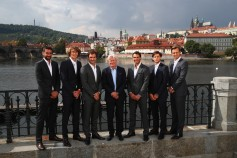 (L-R) Marin Cilic, Alexander Zverev, Rodger federer, Bjorn Bjorg, Rafael Nadal, Dominic Thiem and Thomas Berdych pose for photos ahead of the Laver Cup on September 20, 2017 in Prague, Czech Republic. The Laver Cup consists of six European players competing against their counterparts from the rest of the World. Europe will be captained by Bjorn Borg and John McEnroe will captain the Rest of the World team. The event runs from 22-24 September. (Sept. 19, 2017 - Source: Clive Brunskill/Getty Images Europe)