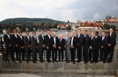 (L-R) Marin Cilic, Alexander Zverev, Dominic Thiem, Rodger Federer, Rafael Nadal, Thomas Berdych, Thomas Enqvist, Bjorn Bjorg of Team Europe and Patrick McEnroe, John McEnroe, Sam Querry, Nick Kygrios, Denis Shapovalov, Francis Tiafoe, Jack Sock and John Isner of Team World pose for photos ahead of the Laver Cup on September 20, 2017 in Prague, Czech Republic. The Laver Cup consists of six European players competing against their counterparts from the rest of the World. Europe will be captained by Bjorn Borg and John McEnroe will captain the Rest of the World team. The event runs from 22-24 September. (Sept. 19, 2017 - Source: Clive Brunskill/Getty Images Europe)