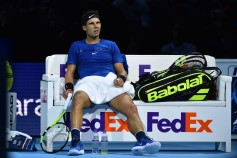 Spain's Rafael Nadal reacts during a break between games in his singles match against Belgium's David Goffin on day two of the ATP World Tour Finals tennis tournament at the O2 Arena in London on November 13, 2017. / AFP PHOTO / Glyn KIRK