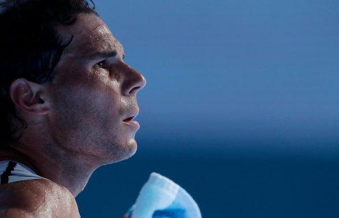Melbourne (Australia), 21/01/2018.- Rafael Nadal of Spain looks on during a break in his fourth round match against Diego Schwartzman of Argentina at the Australian Open Grand Slam tennis tournament in Melbourne, Australia, 21 January 2018. (España, Abierto, Tenis) EFE/EPA/MARK CRISTINO