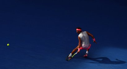 MLB. Melbourne (Australia), 21/01/2018.- Rafael Nadal of Spain in action against Diego Schwartzman of Argentina during their fourth round match on day seven of the Australian Open tennis tournament, in Melbourne, Victoria, Australia, 21 January 2018. (España, Abierto, Tenis) EFE/EPA/SAM MOOY AUSTRALIA AND NEW ZEALAND OUT