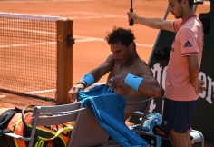 Rafael Nadal beats Digeo Schwartzman to reach semis 2018 Roland Garros (7)