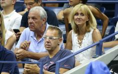 Rafael Nadal parents at US Open 2018 QF photo (1)