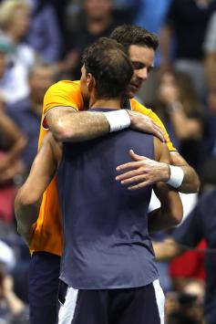 Rafael Nadal retires hurt against Juan Martin del Potro at US Open 2018 (19)
