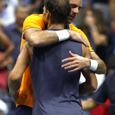 Rafael Nadal retires hurt against Juan Martin del Potro at US Open 2018 (19)