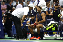 Rafael Nadal retires hurt against Juan Martin del Potro at US Open 2018 (8)