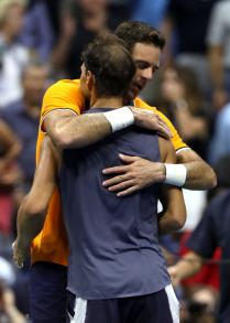 Rafael Nadal retires hurt against Juan Martin del Potro at US Open 2018 (9)