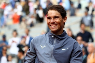 PARIS, FRANCE - JUNE 09: Rafael Nadal of Spain celebrates vic following the mens singles final against Dominic Thiem of Austria during Day fifteen of the 2019 French Open at Roland Garros on June 09, 2019 in Paris, France. (Photo by Julian Finney/Getty Images)