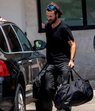 epa07638795 Spanish tennis player Rafael Nadal's coach Carlos Moya is seen after his arrival in Palma de Mallorca one day after Nadal's win in the French Open tennis tournament at Roland Garros, in Balearic Islands, Spain, 10 June 2019. Nadal has won his 12th French Open title after defeating Austrian Dominic Thiem in the men's final held on 09 June 2019. EPA-EFE/CATI CLADERA