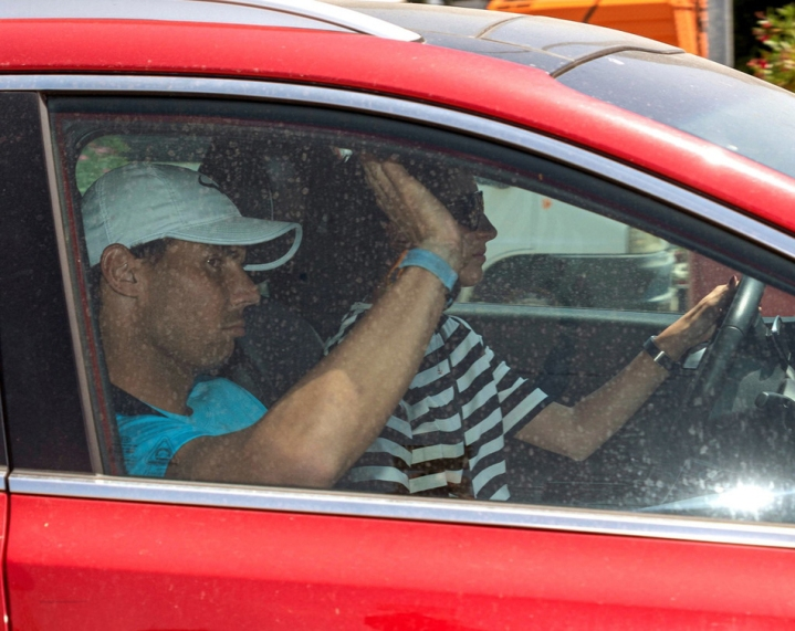 epa07638792 Spanish tennis player Rafael Nadal (L) and his girlfriend Meri 'Xisca' Perello are seen upon their arrival in Palma de Mallorca in Balearic Islands, Spain, 10 June 2019. Nadal has won his 12th French Open title after defeating Austrian Dominic Thiem in the men's final held on 09 June 2019. EPA-EFE/CATI CLADERA