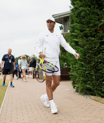 LONDON, ENGLAND - JULY 07: Rafael Nadal of Spain arrives at Aorangi Park for a practice session during Middle Sunday of The Championships - Wimbledon 2019 at All England Lawn Tennis and Croquet Club on July 07, 2019 in London, England. (Photo by Matthias Hangst/Getty Images)