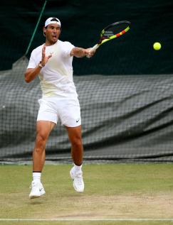 Rafa Nadal hits the practice court at Wimbledon on Middle Sunday photo 2019 (2)